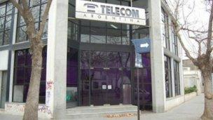 Conflicto puertas adentro de Telecom