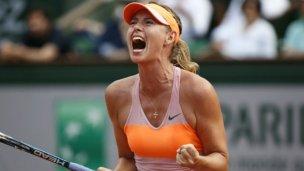 Dramática victoria de Sharapova en París