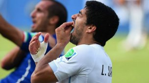 Tras la mordedura, Suárez volverá a cruzarse con Chiellini