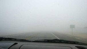 Por niebla y lluvias, piden precaución al circular este fin de semana