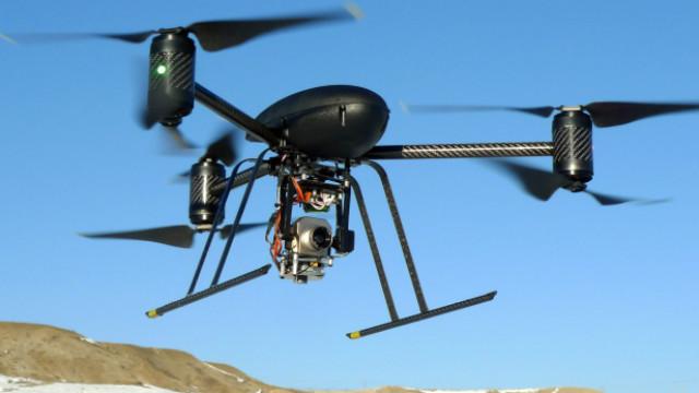 Sumaron drones a la búsqueda de la avioneta desaparecida