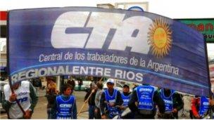 La CTA de Entre Ríos pide voto para Scioli