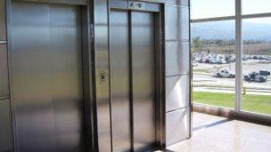No hay cirugías en el hospital porque no funcionan los ascensores