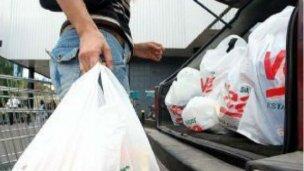 Prohibido el uso de bolsas plásticas