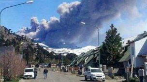 El volcán Copahue pone en jaque a Chile