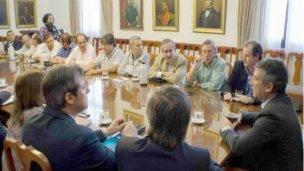 El gobernador y los intendentes hablaron sobre seguridad vial