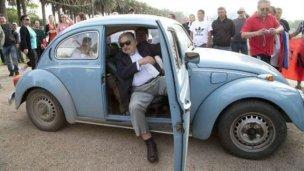 """""""Es difícil ser austero como Mujica"""""""