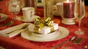 Colecta de juguetes y alimentos para compartir en la navidad