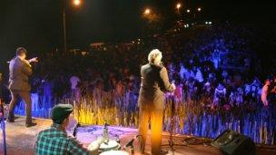 Música popular, humor y folclore para los campamentistas