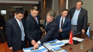 Macri revisará los convenios por los acueductos chinos