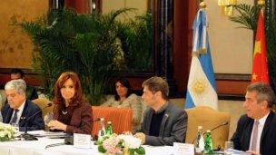 Sergio Urribarri con La Presidenta Cristina Fernández de Kirchner en China