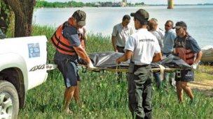 Un cuerpo apareció flotando en el río