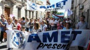 Los cuatro gremios docentes pararán en Entre Ríos