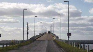 Eximición de la tasa de peaje en los puentes internacionales