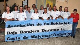 Asociación de Ex Soldados Bajo Bandera durante la Gesta de Malvinas del Dpto Colón