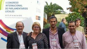 Concejales colonenses en un congreso internacional