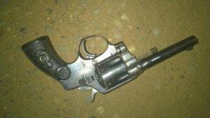 A punta de pistola, fue asaltada por dos conocidos