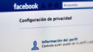 """""""Atacar a Facebook es un negocio"""""""