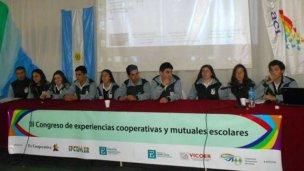 Comparten su experiencia cooperativa en jornadas nacionales