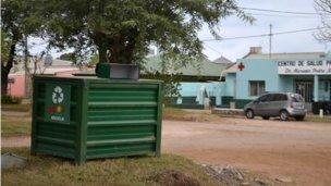Nuevo contenedor en la intersección de los boulevares