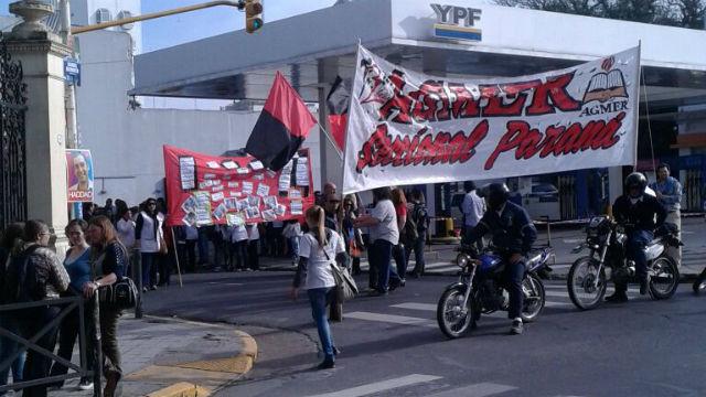 Marcha de Agmer en Paraná