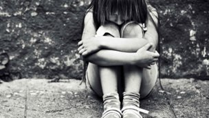 Cómo prevenir el maltrato y el abuso infantil