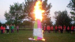 Talleres Integrar quemó su muñeca de invierno