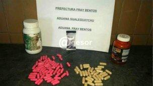 Hallaron un centenar de pastillas de éxtasis en la Aduana