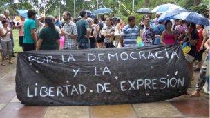 Movilización por la democracia y la libertad de expresión