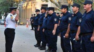 Ascenso de oficiales, suboficiales y agentes