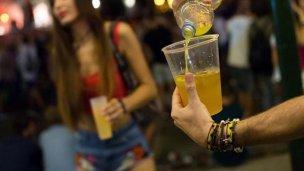 Proponen hasta $100.000 de multa a quienes vendan alcohol a menores
