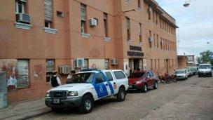Se encadenaron dentro del hospital Felipe Heras