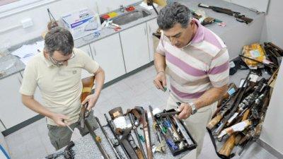 Pagaban hasta $3 mil por las armas del depósito del STJ
