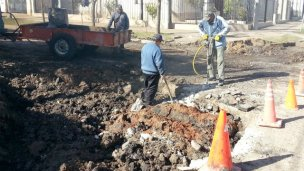 Reconstruyen el badén de Urquiza e Ituzaingó