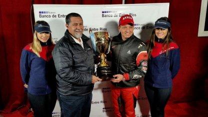 Ortelli se quedó con la pole y obtuvo la Copa Nuevo Banco de Entre Ríos