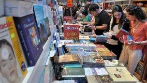 Usaron sus dibujos de mantel en la Feria del Libro