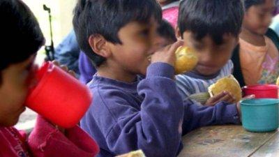 La realidad de las escuelas a la hora de la leche