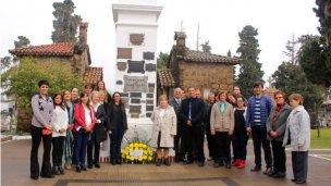 Homenajearon a los fundadores de la ciudad en la Cruz Mayor