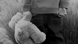 Un nene de 4 años era agredido por su padre