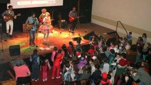 Rock and Walsh cerrará los festejos por el Día del Niño