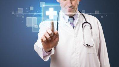 Ley Antiplus: Los médicos preparan su ofensiva