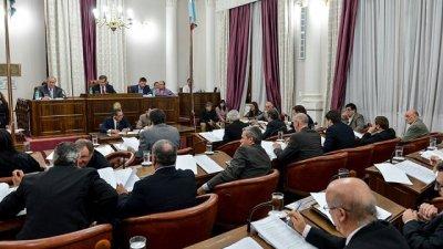 Para la oposición, las reformas impositivas son