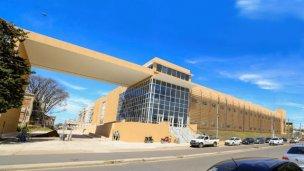 De la Rosa afirmó que en un año terminarán el Hospital Bicentenario