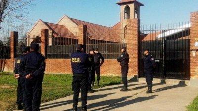 Un editorial de La Nación cuestionó el operativo en el convento