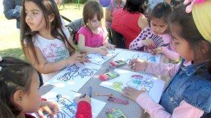Se trabaja para ejercer el derecho al juego con los niños