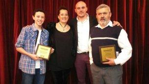 Mención especial para dos colonenses en los premios del Diario Uno