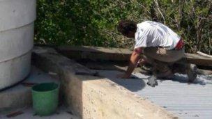 Reparan los techos de los sanitarios del Balneario San José