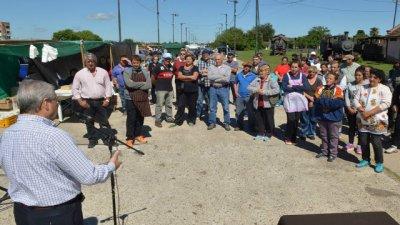 Feria Franca: carnets de  manejo de alimentos para los feriantes