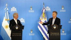 Macri y Tabaré acordaron instalar un