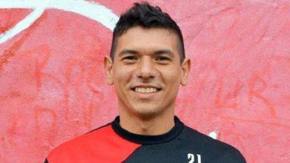 Bullying: El futbolista entrerriano que cambió su apellido por su hija